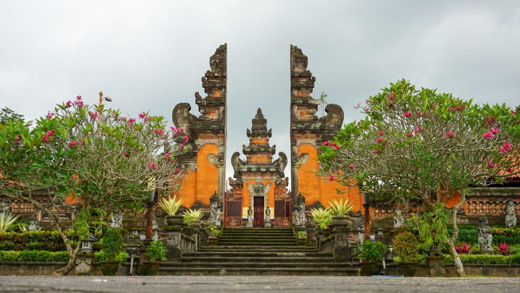 Cung điện hoàng gia Taman Ayun Temple Bali