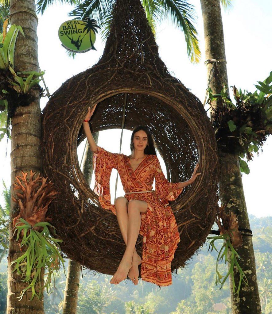 Nếu sợ độ cao bạn có thể check in tại Bali tổ chim